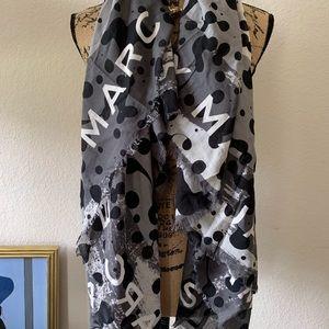 Owmens scarf/wrap